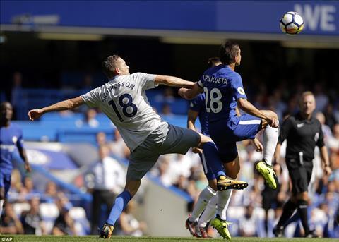 Thay gi sau tran Chelsea 2-0 Everton hinh anh 2