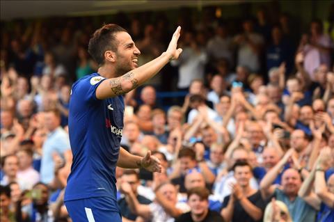 Tien ve Cesc Fabregas noi ve tran thua Man City hinh anh 2