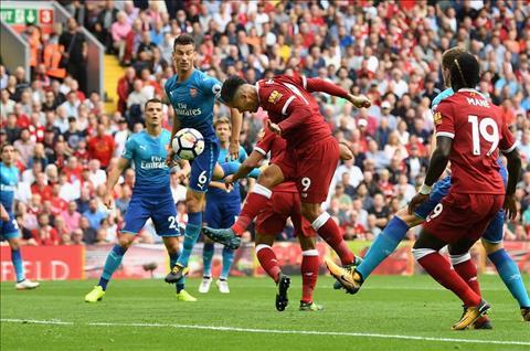 Liverpool 4-0 Arsenal Thua boi sai lam cua Wenger hinh anh 3