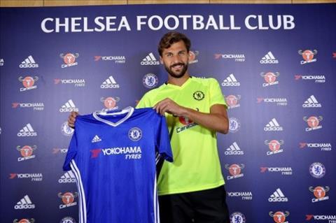 Chuyen nhuong Chelsea mang ve 3 cau thu moi o He 2017 hinh anh 3