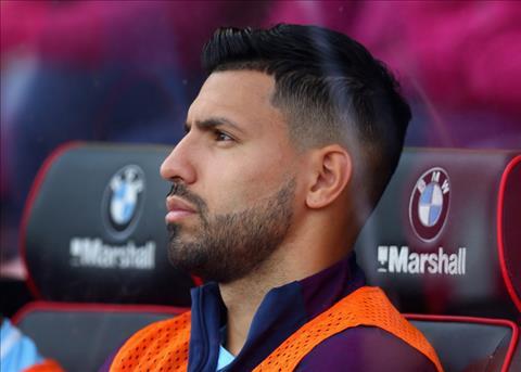 Aguero can nhac chia tay Man City vao thang 1 hinh anh