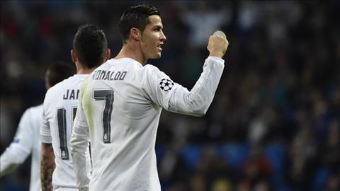 Dong doi tai Real thach thuc Ronaldo trong cuoc dua QBV hinh anh