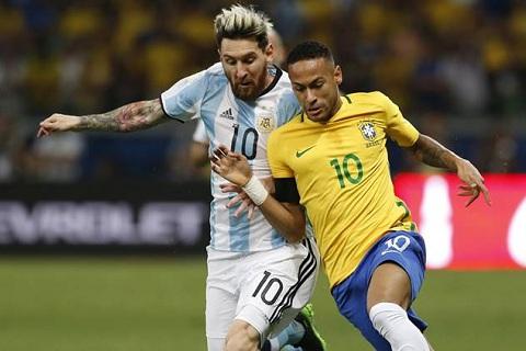 Neymar tung danh bai Messi tai DT quoc gia