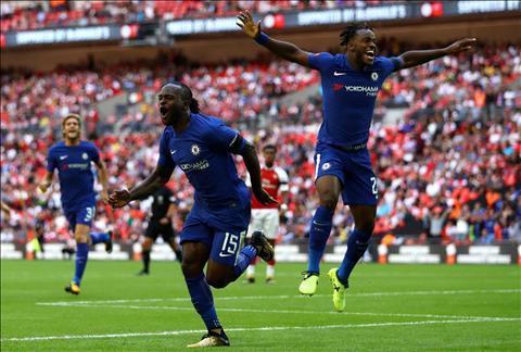 Chelsea don vien binh truoc dai chien Liverpool hinh anh