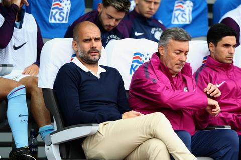 Pep Guardiola dang xay dung mot doi hinh co chieu sau voi nhung cau thu tre.