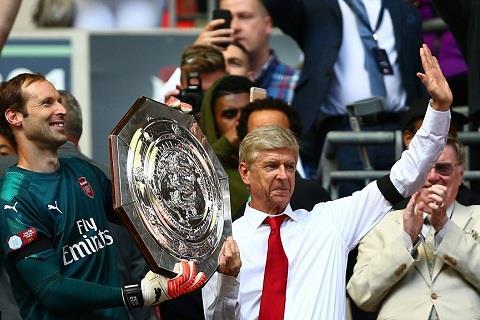 Su dung cam cua Wenger da duoc den dap bang chiec cup Community Shield