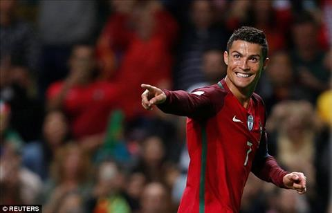 BDN 5-1 Dao Faroe Sieu sao Ronaldo giai toa buc xuc bang cu hattrick hinh anh