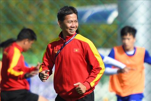 U18 Viet Nam hoa Quang Ninh, HLV Hoang Anh Tuan noi gi hinh anh