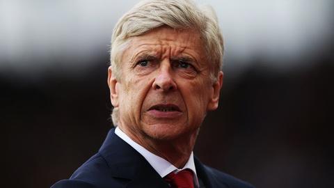 Wenger Toi da co the roi Arsenal de den PSG hinh anh