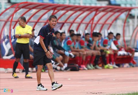 HLV Hoang Anh Tuan to ra khiem ton sau tran U18 Viet Nam 3-0 U18 Indonesia hinh anh