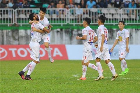 Truoc vong 18 V-League Cang thang top dau, HAGL 'de tho' hinh anh 2