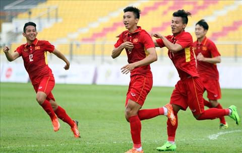 HLV Ha Noi FC chi ten nhung cau thu Viet co the thi dau o Thai Lan hinh anh