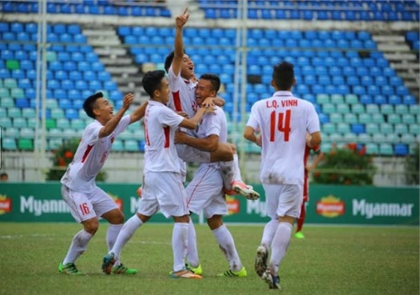 U18 Viet Nam guc nga o U18 Dong Nam A 2017 Chet vi bong chet hinh anh