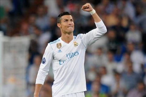 Ronaldo noi gi sau man tai xuat an tuong trong mau ao Real hinh anh