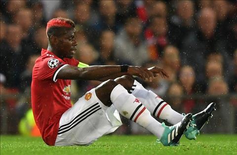 Mourinho gat phang thong tin mat Pogba den het nam hinh anh