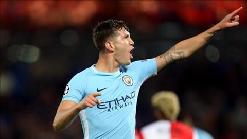 Ra quan dai thang, sao Man City som mo vo dich Champions League hinh anh