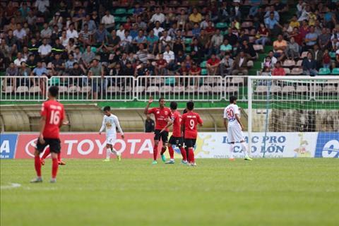 Tong hop HAGL 1-2 Long An (Vong 18 V-League 2017) hinh anh