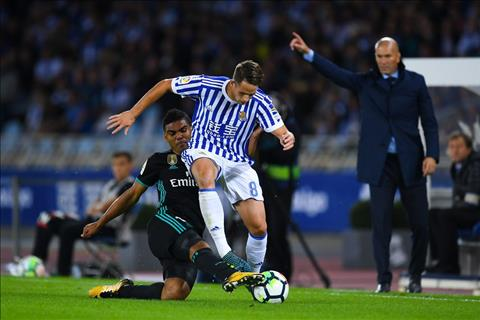 Real Madrid tim lai chien thang tai La Liga Cam on xu Basque! hinh anh