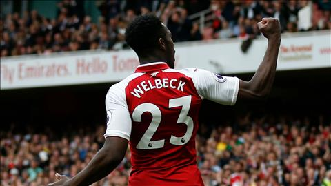 Welbeck dinh chan thuong