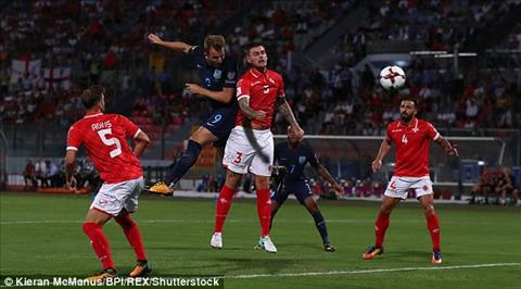 TRUC TIEP Malta 0-2 Anh Bertrand noi rong cach biet (Hiep 2) hinh anh 3