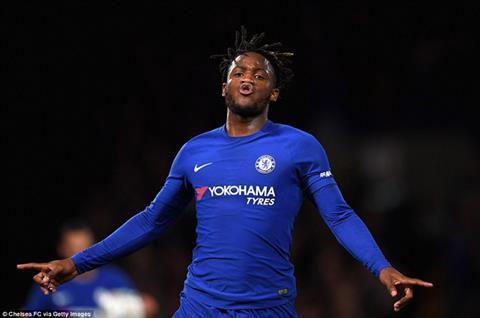 Tiền đạo Batshuayi rời Chelsea gia nhập Valencia dạng cho mượn hình ảnh