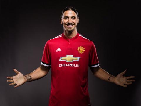 Tiet lo thoi gian tien dao Zlatan Ibrahimovic tro lai hinh anh