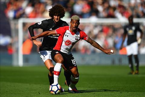 Fellaini o tran M.U vs Southampton