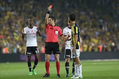 Tran derby Istanbul sieu bao luc tai Tho Nhi Ky hinh anh