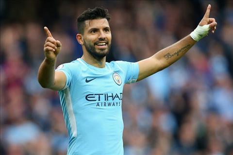 Guardiola doi Aguero khao an mung ky luc ghi ban cho Man City hinh anh