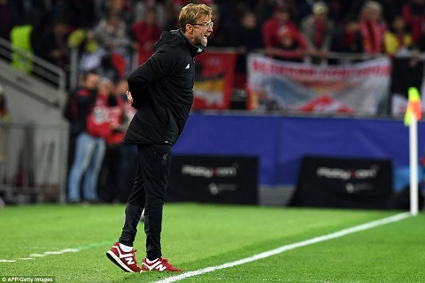 Bi Spartak cam hoa, Klopp so Liverpool khong qua noi vong bang hinh anh