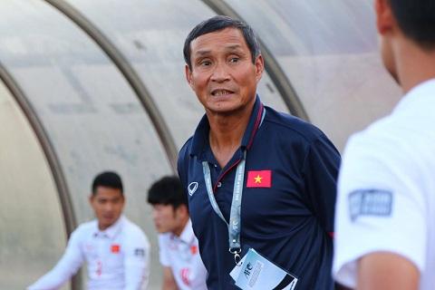 Tuyen Viet Nam chat vat thang Campuchia Su vung ve cua HLV Mai Duc Chung hinh anh