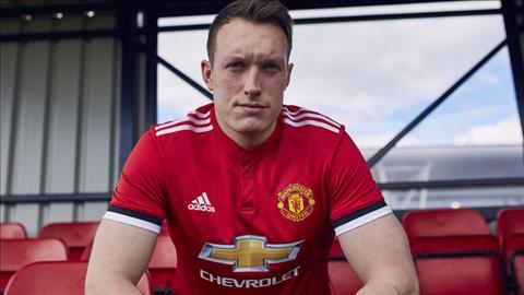 Sao Man Utd hoi sinh phong do nho tan binh Lukaku hinh anh