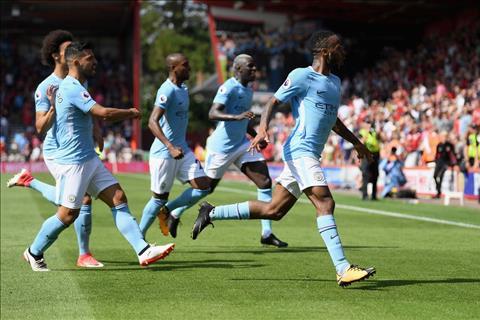 Guardiola xac nhan Arsenal muon doi Sanchez lay Sterling hinh anh
