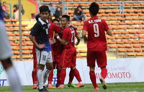 Tran U22 Viet Nam vs U22 Campuchia tai SEA Games 29 bi nghi ban do hinh anh