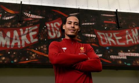 Van Dijk la ban hop dong ky luc cua Liverpool.