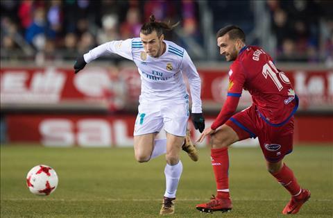 Real Madrid vs Numancia (3h30 ngay 111) Vot vat chut niem tin hinh anh 2