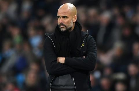 De nguoi MU vui long, Guardiola thay doi doi hinh Man City hinh anh 2