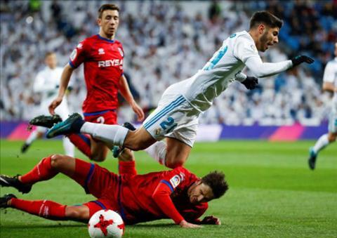 Tong hop Real Madrid 2-2 Numancia (Cup Nha vua TBN 201718) hinh anh