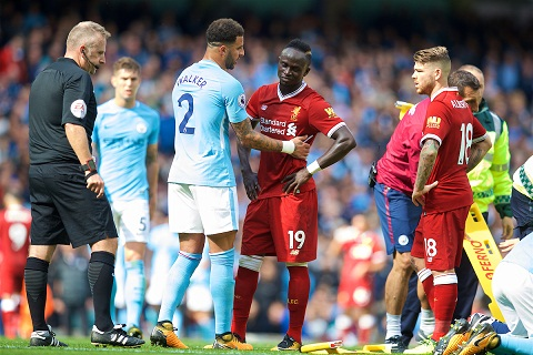 Truoc vong 23 Premier League Huong ve Anfield hinh anh