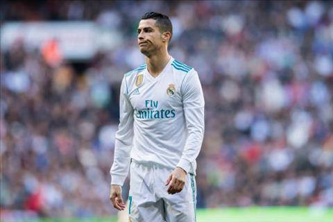 Real Madrid 0-1 Villarreal (KT) Chan dong o Bernabeu hinh anh