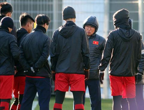 HLV Park Hang Seo U23 Australia manh nhung hinh anh