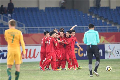 HLV Park Hang Seo noi gi sau thang loi lich su cua U23 Viet Nam hinh anh
