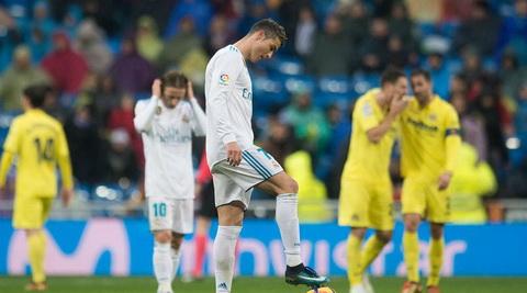 Tien dao Cristiano Ronaldo muon Real sa thai HLV Zidane hinh anh