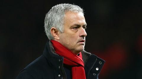 Bi goi la ga nho mon, Jose Mourinho quay lai da xoay Conte hinh anh