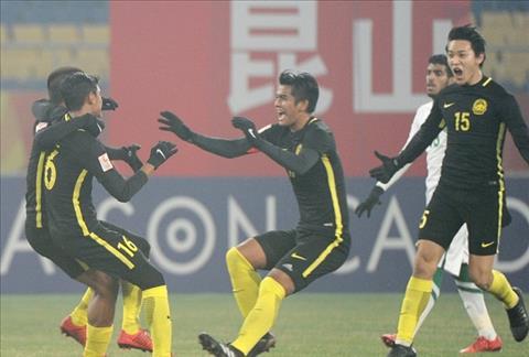 Truyen thong quoc te khong de cao chien thang lich su cua U23 Malaysia hinh anh