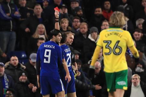 Chelsea vs Bournemouth (2h45 ngay 12) Bay tren doi canh Batman hinh anh