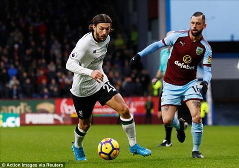 Du am Burnley 1-2 Liverpool Su tro lai cua Lallana hinh anh 2