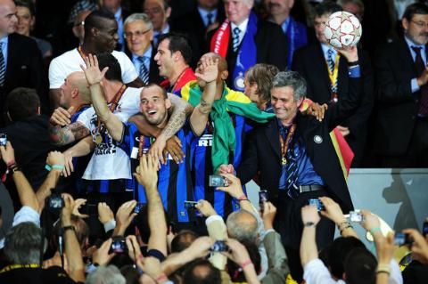 Robben - Sneijder: Manh ho Ha Lan va nhung ke bo di tai thanh Madrid 5