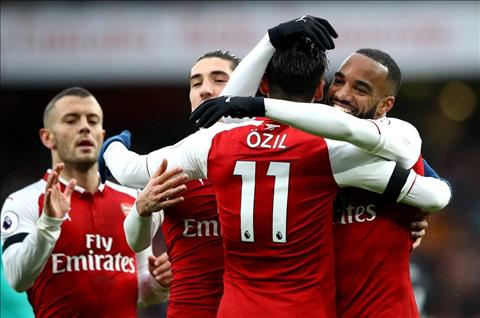Arsenal thang Crystal Palace 4-1
