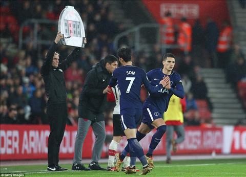 Thay gi sau tran Southampton 1-1 Tottenham hinh anh 3
